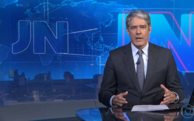 William Bonner defende jornalistas na bancada do 'Jornal Nacional'